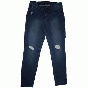 Thalia Sodi Rip Dark Denim Skinny Jeans Dark Wash